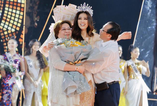 Bị chê ứng xử nhạt, Tân Hoa hậu Hoàn vũ Việt Nam lên tiếng đáp trả - ảnh 1