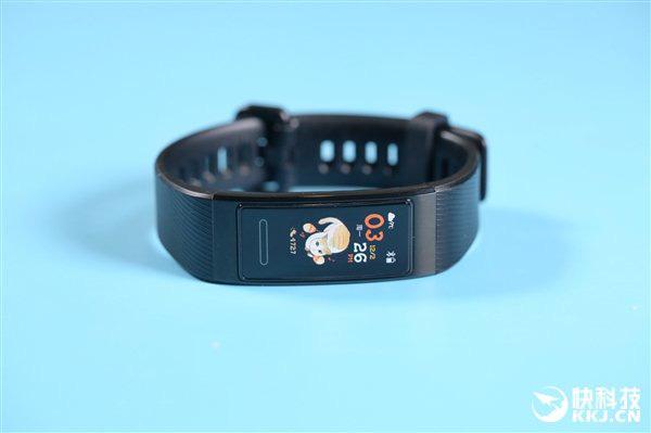 Huawei Band 4 Pro ra mắt: Tích hợp NFC, GPS, cảm biến đo oxy trong máu SpO2, giá 1.3 triệu đồng - Ảnh 2.