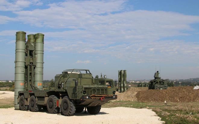 CẬP NHẬT: Bom Ninja Mỹ tiếp tục băm nhỏ phiến quân, Rồng lửa S-400 lần đầu nổ súng tại Syria - Nga lấy lại thể diện? - Ảnh 7.