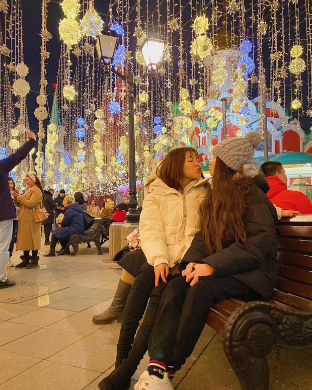 Yến Xuân qua Nga ra mắt, cùng gia đình Lâm Tây trang trí Noel: Ra dáng người một nhà lắm rồi nhé! - Ảnh 4.