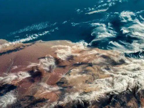 Kinh ngạc hình ảnh siêu bão, núi lửa phun trào nhìn từ Trạm Vũ trụ Quốc tế - Ảnh 12.