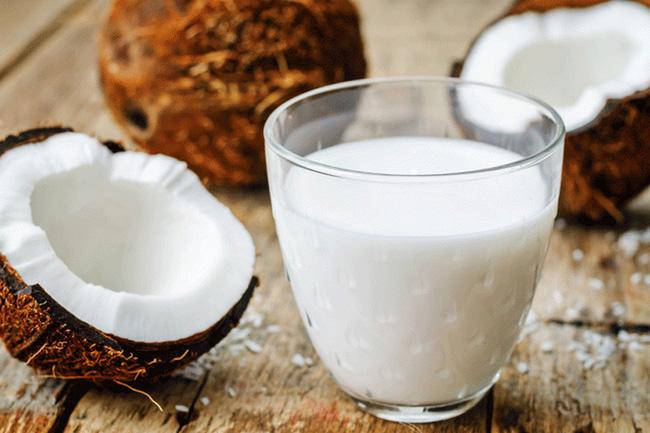 Không phải ai cũng biết những tác dụng tuyệt vời này của nước cốt dừa đối với sức khỏe - Ảnh 3.