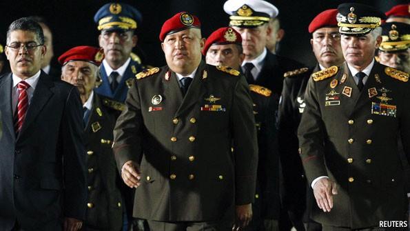Xé nát bộ luật ân xá của Quốc hội, quân đội Venezuela định đoạt kết quả cuộc so găng Maduro-Guaido? - Ảnh 2.