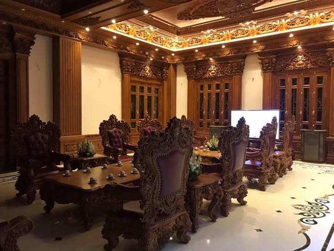 Rò rỉ hình ảnh xa hoa bên trong lâu đài 7 tầng của gia đình cô dâu xinh đẹp nổi tiếng Nam Định - Ảnh 10.