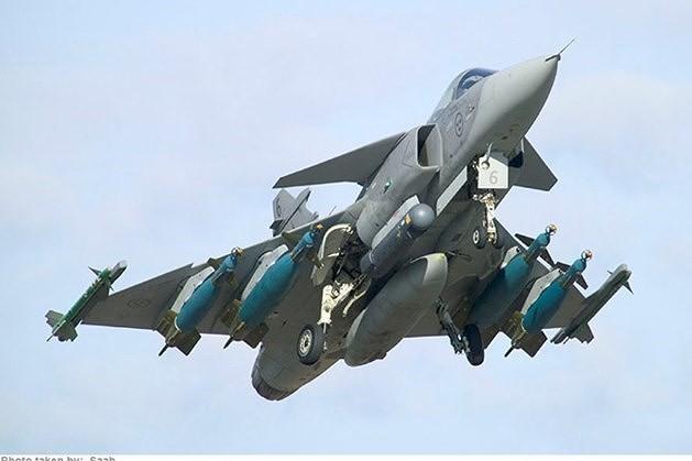 [ẢNH] Hungary bán thanh lý cả phi đội tiêm kích MiG-29 với giá rẻ như cho - Ảnh 2.