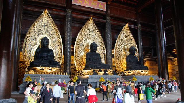 Đại gia ăn chay Xuân Trường: Doanh nhân kín tiếng rước xá lợi Phật, mua thiên thạch mặt trăng, xây ngôi chùa lớn nhất thế giới - Ảnh 4.