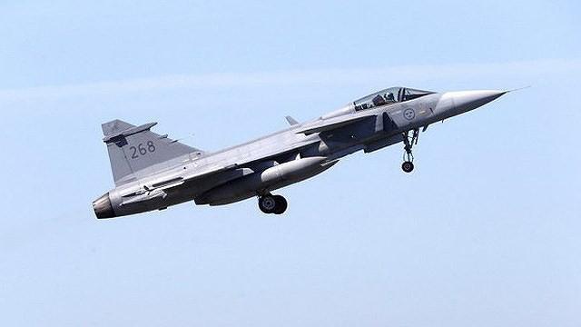 [ẢNH] Hungary bán thanh lý cả phi đội tiêm kích MiG-29 với giá rẻ như cho - Ảnh 6.