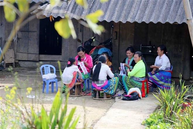 Cuộc sống của người dân tại bản không rượu, bia ở Lai Châu - Ảnh 2.