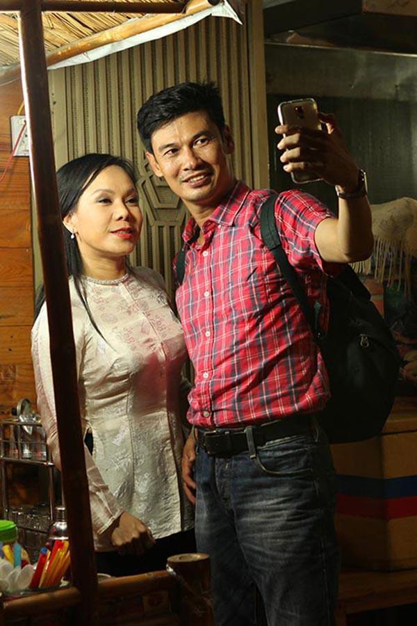 Đường tình ngang trái của nam nghệ sĩ nổi tiếng, yêu thầm danh hài Việt Hương - Ảnh 3.