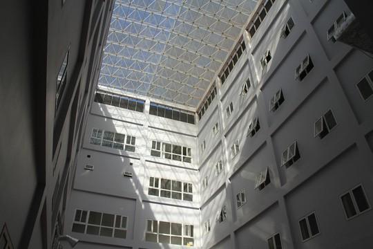 Ngắm bệnh viện ngàn tỉ hiện đại nhất Tây Nguyên sắp hoạt động - Ảnh 5.
