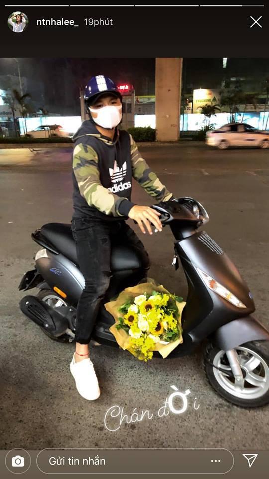 Được Quang Hải phi xe tới tặng hoa ngày Valentine, phản ứng của Nhật Lê mới gây bất ngờ - Ảnh 2.