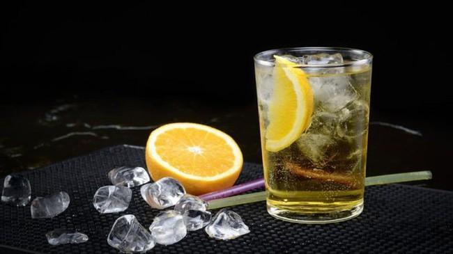 Mục nát hết răng do uống nước tăng lực, chuyên gia cảnh tỉnh về thức uống gây hại sức khỏe - Ảnh 3.