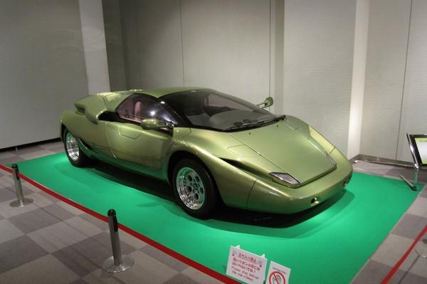 Những mẫu Lamborghini xấu nhất mọi thời đại - Ảnh 4.