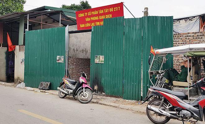 Chủ tịch Hà Nội yêu cầu làm rõ vụ dân tố 'mất nhà' khi về quê ăn Tết - Ảnh 1.
