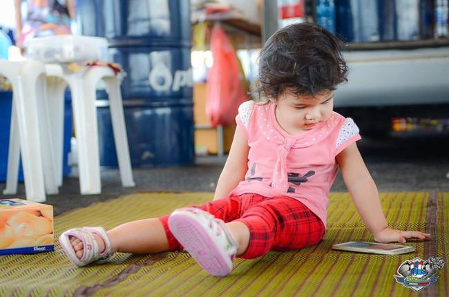 Con gái mới 4 tuổi đã bị mất thị lực suýt mù mắt, ông bố khẩn thiết cảnh báo khiến nhiều phụ huynh giật mình thon thót - Ảnh 6.