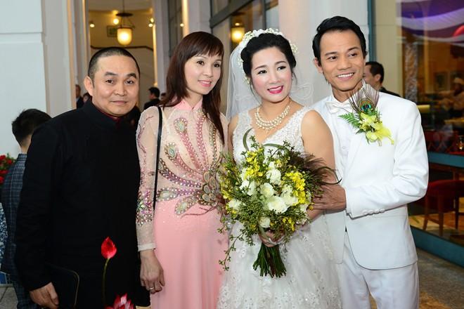 Tại sao Thanh Thanh Hiền lại chọn lấy con trai của Chế Linh? - Ảnh 2.