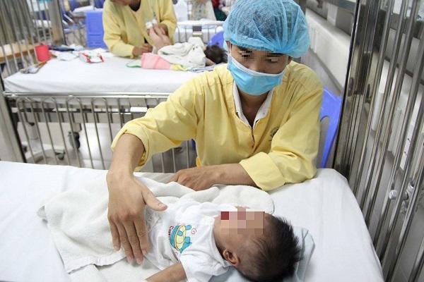 Cúm mùa gia tăng, Bộ Y tế khuyến cáo 5 bước phòng bệnh - Ảnh 1.