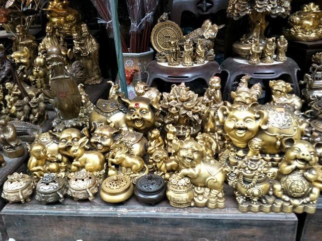 Tiểu thương chợ hoa lâu đời nhất Hà Nội ngao ngán vì ế ẩm - Ảnh 4.