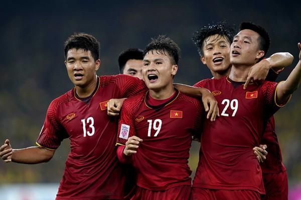HLV Park Hang Seo nên dẫn dắt tuyển Việt Nam hay U22 Việt Nam? - Ảnh 3.