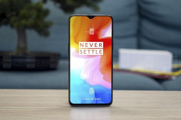 10 smartphone tốt nhất nửa đầu năm 2019, ai muốn mua điện thoại mới nên biết - Ảnh 1.