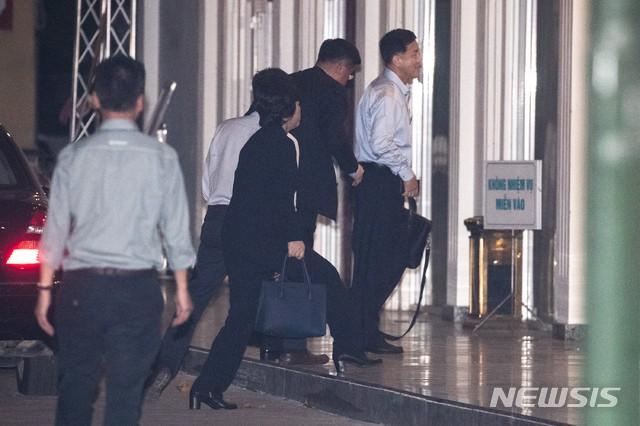 Những hình ảnh đầu tiên của Trưởng đoàn đàm phán Triều Tiên tại Hà Nội - Ảnh 7.