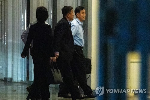 Những hình ảnh đầu tiên của Trưởng đoàn đàm phán Triều Tiên tại Hà Nội - Ảnh 9.
