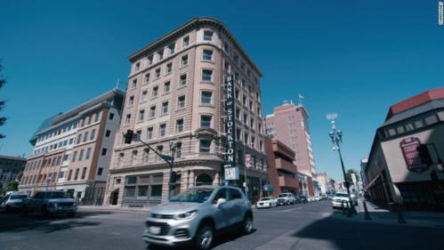 Cư dân một thành phố tại Mỹ được phát 500 USD mỗi tháng để tiêu xài - Ảnh 1.