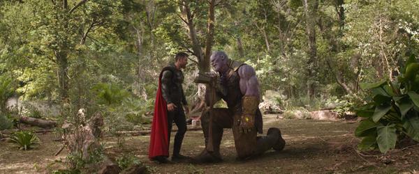 Siêu thần khí mới của Thor- rìu Stormbreaker chứa đựng sức mạnh phá hủy cả một hành tinh - Ảnh 1.