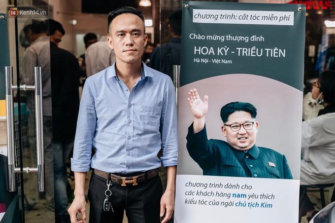 Người Hà Nội rủ nhau đi cắt miễn phí kiểu tóc giống Tổng thống Donald Trump và nhà lãnh đạo Kim Jong-un - Ảnh 16.