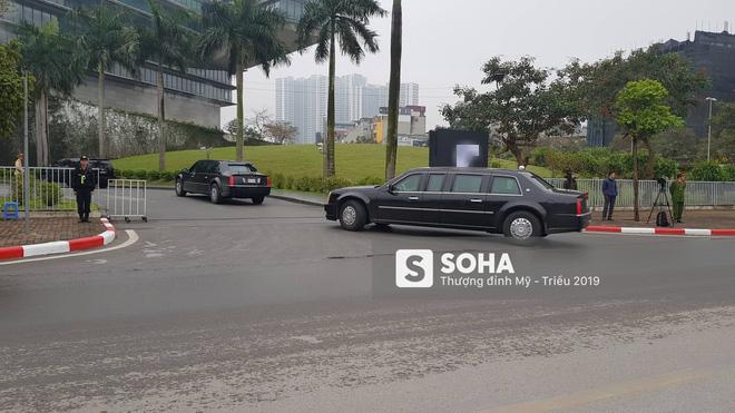[ẢNH] Siêu xe The Beast của TT Trump cùng dàn xe đặc chủng hầm hố trên đường phố Hà Nội - Ảnh 18.