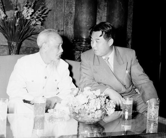 Đây là lộ trình di chuyển từ Bình Nhưỡng của ông Kim Nhật Thành trong 2 lần thăm Việt Nam - Ảnh 1.