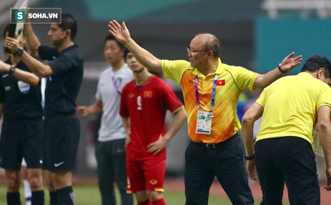 HLV Park Hang-seo bối rối: Tôi không muốn trốn tránh SEA Games - Ảnh 1.
