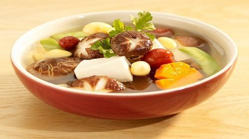 Món ăn thuốc hỗ trợ phòng trị bệnh sởi - Ảnh 1.