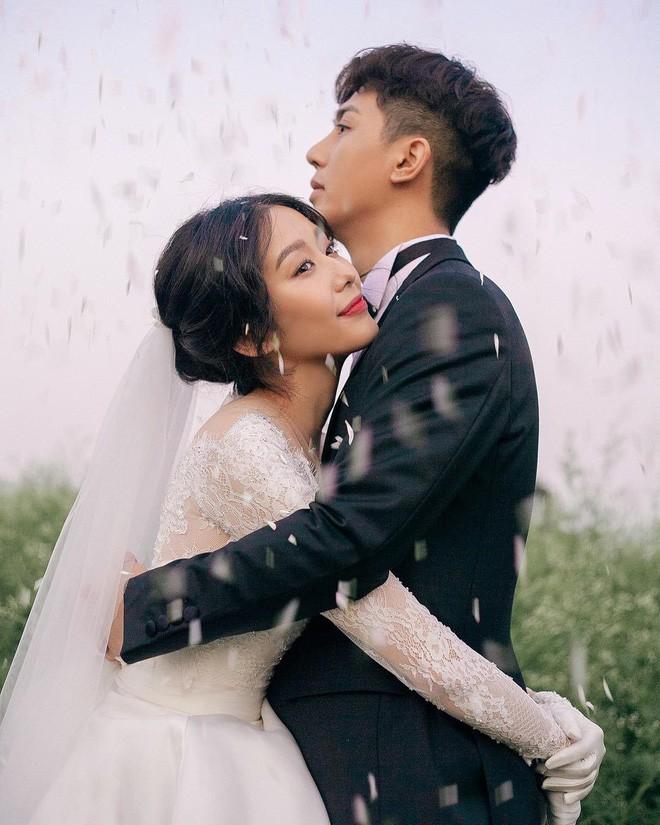 Nhan sắc cô dâu xinh đẹp, thần thái không kém gì Yoon Eun Hye trong bộ ảnh cưới cổ tích đang cực hot - Ảnh 2.