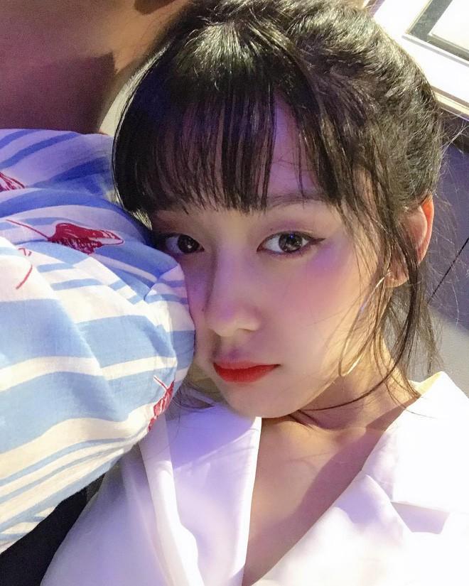 Nhan sắc cô dâu xinh đẹp, thần thái không kém gì Yoon Eun Hye trong bộ ảnh cưới cổ tích đang cực hot - Ảnh 11.