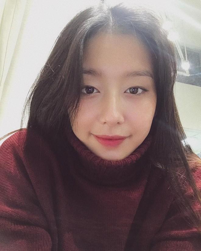 Nhan sắc cô dâu xinh đẹp, thần thái không kém gì Yoon Eun Hye trong bộ ảnh cưới cổ tích đang cực hot - Ảnh 10.
