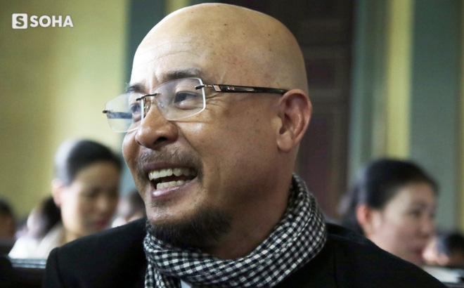 Chiều nay, tòa án đưa ra phán quyết vụ ly hôn vợ chồng chủ cà phê Trung Nguyên  - Ảnh 1.