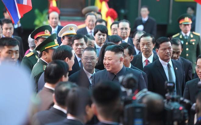 Chủ tịch Triều Tiên Kim Jong-un chọn đi tàu hỏa đến Việt Nam để thể hiện lòng tự hào dân tộc - Ảnh 9.