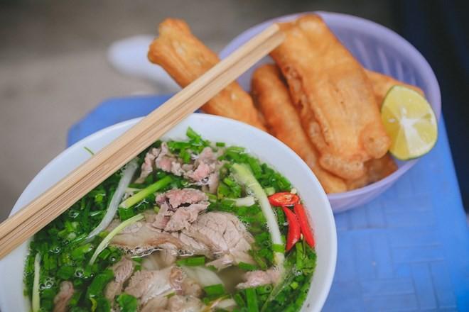 Phóng viên quốc tế đăng đàn khoe sẽ được ăn toàn đặc sản Việt Nam như nem, phở, xôi... trong thời gian Hội nghị thượng đỉnh - Ảnh 2.