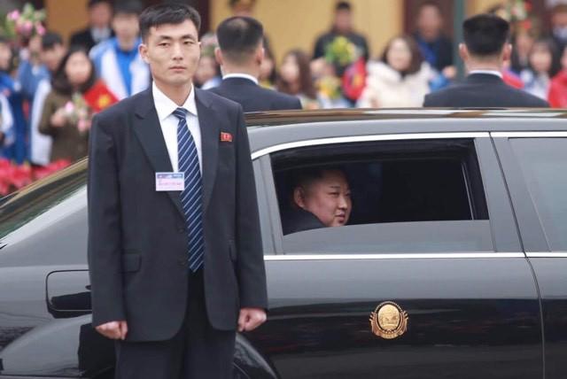 Lần đầu lộ diện tại Việt Nam, siêu xe Mercedes-Maybach 62S mới nhất của ông Kim Jong-un có gì đặc biệt? - Ảnh 7.