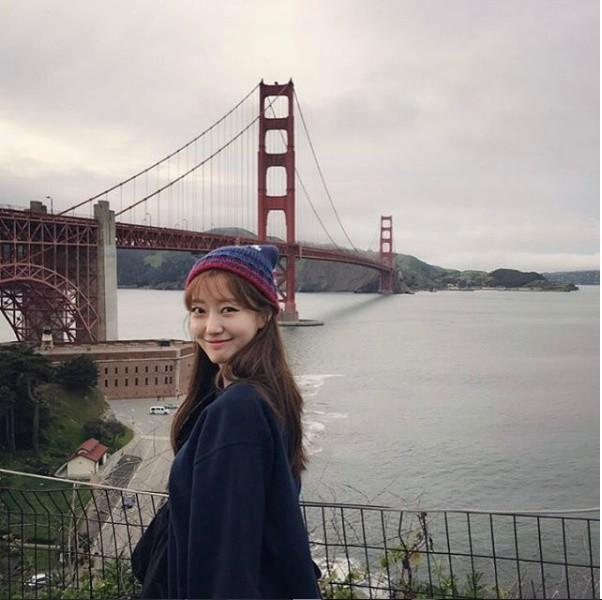 Nữ MC Hàn xinh đẹp tác nghiệp trên nóc khách sạn Daewoo gây sốt Việt Nam nổi tiếng ra sao? - Ảnh 16.