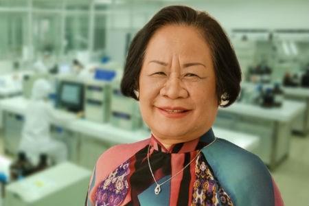 Những doanh nhân Việt thành đạt xuất thân từ ngành y - Ảnh 2.