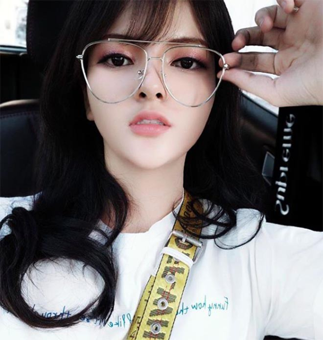 Bất ngờ với nhan sắc hiện tại của em gái ruột, cao 1m72 của Hoa hậu Trần Thị Quỳnh  - Ảnh 8.