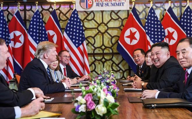 Hai bóng hồng luôn sát cánh cùng hai ông Trump-Kim: Không chỉ xinh đẹp mà còn đặc biệt tài hoa - Ảnh 5.