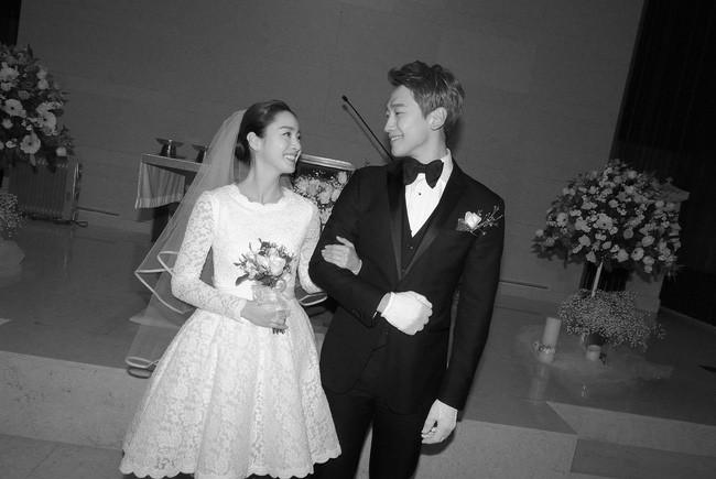 Ai sướng như mỹ nhân châu Á này: Xuất thân danh gia vọng tộc, tài sắc vẹn toàn lại toàn lấy được chồng như ý - Ảnh 2.