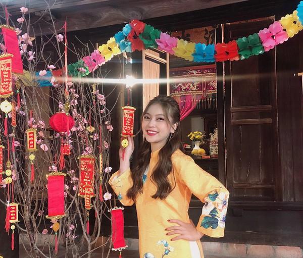 Thấy bạn gái chịu nhiều áp lực khi bị chê MV dở tệ, Quang Hải đã âm thầm làm hành động ngọt ngào này - Ảnh 2.