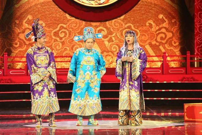 Bắc Đẩu xưng Qua, Ngọc Hoàng đi bão, dàn hot girl nóng bỏng xuất hiện tại Táo Quân 2019 - Ảnh 5.
