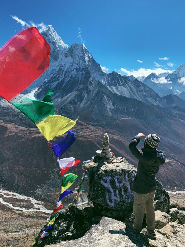 Chơi lớn chi 200 triệu để leo Everest rồi vào vùng xa ăn Tết với người lạ, Vlogger trải lòng về đam mê xê dịch - Ảnh 7.
