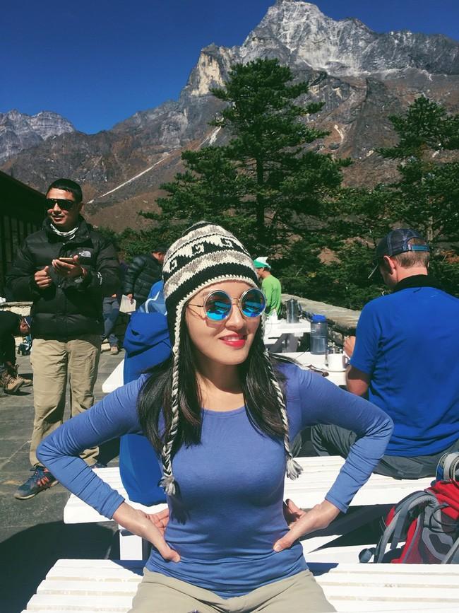 Chơi lớn chi 200 triệu để leo Everest rồi vào vùng xa ăn Tết với người lạ, Vlogger trải lòng về đam mê xê dịch - Ảnh 9.