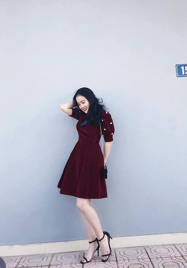 Nhật Lê, Quỳnh Anh và hội chân dài của ĐT Việt Nam hóa thiên thần với áo dài, bà ba đón Tết - Ảnh 8.